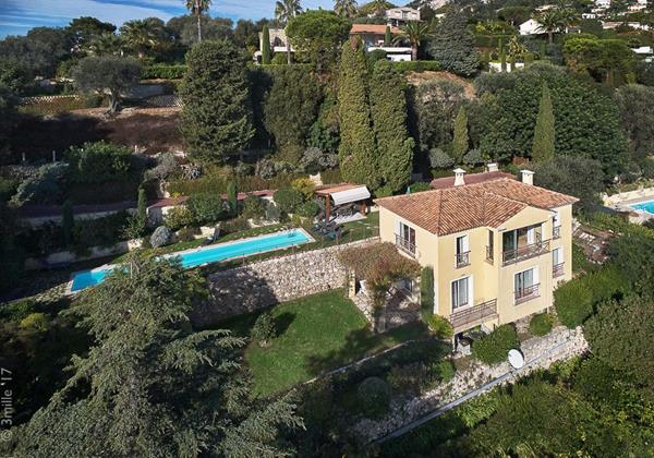 Italian Style Villa in Walking Distance to Beaches and Beaulieu sur Mer