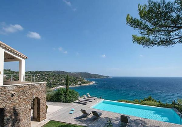 Villa Infinity, villa near Saint Tropez and Pampelonne beach, with seaview