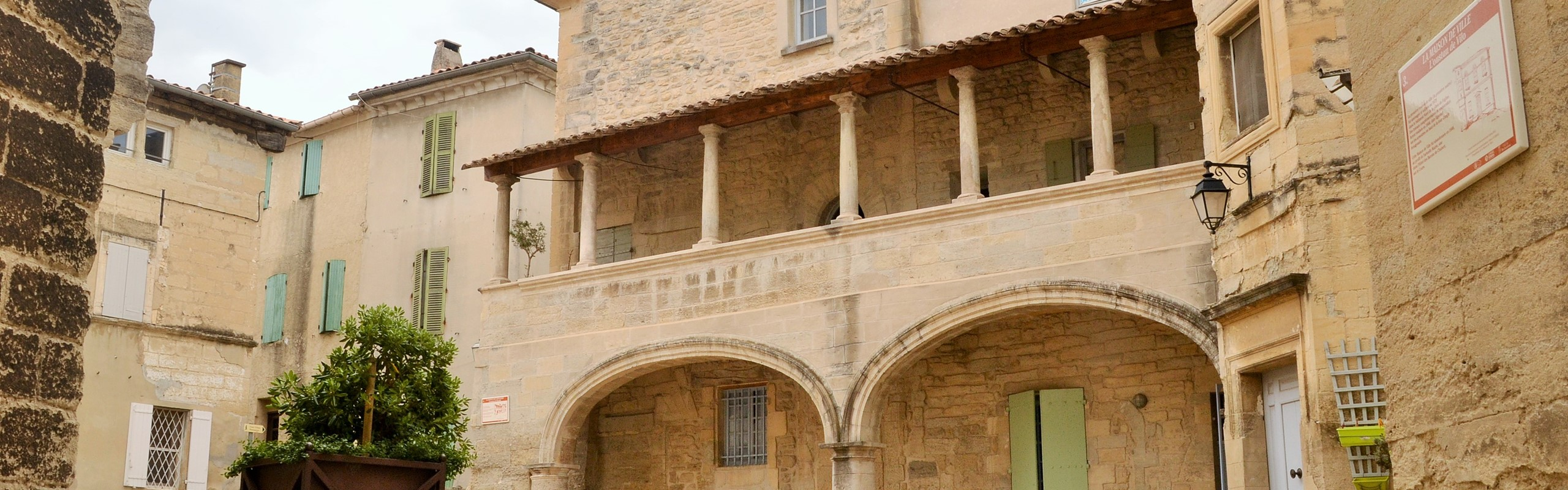 Barbentane Maison Des Chevaliers